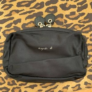 Agnes b. Cosmetic pouch